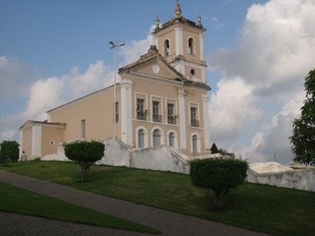 A igreja Matriz de Nossa Senhora da Conceição de Coruripe, é um dos cartões postais da cidade